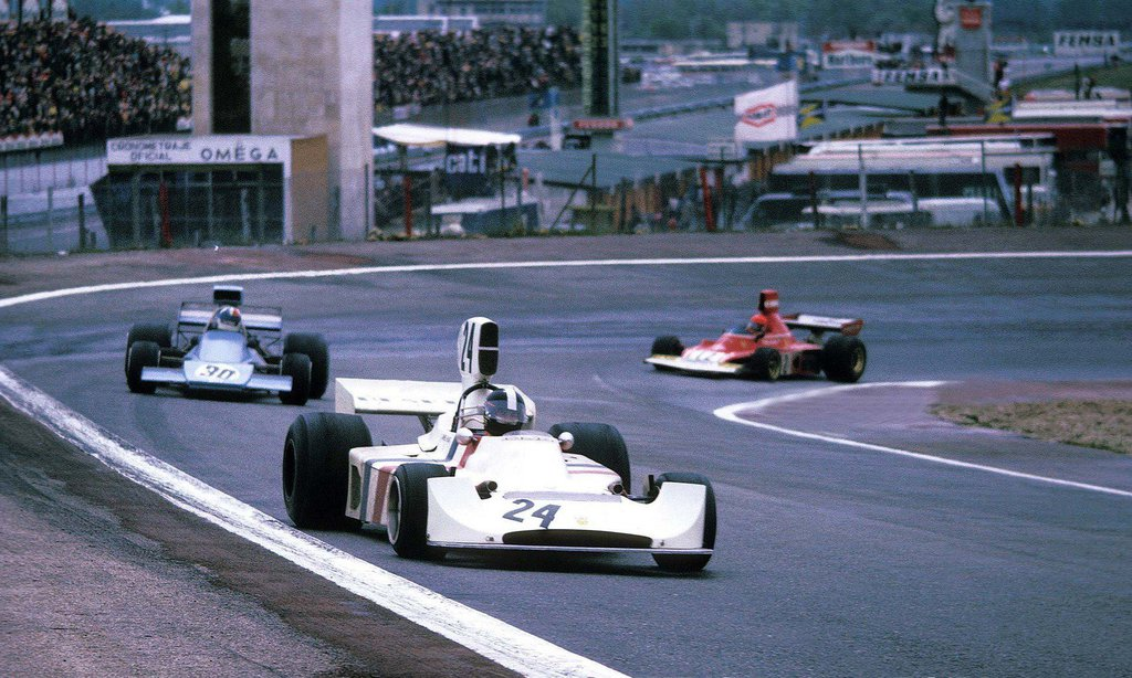 james_hunt___chris_amon___niki_lauda__spain_1974__by_f1_history-d6povdw